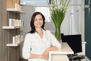 Ellen de Haan skin therapist